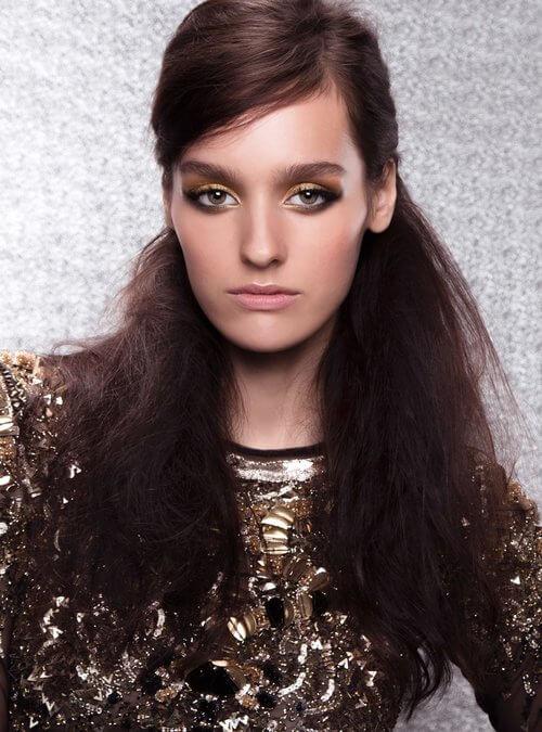 Festliche Frisuren mit Jüll Ürküt | Shooting für IN Magazin | Bild 1